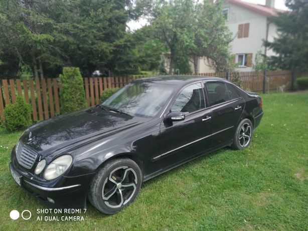 Mercedes Benz w211, 270CDI, 2002 rok.