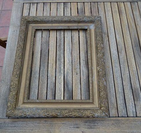 Rama obrazu drewniana gipsowana