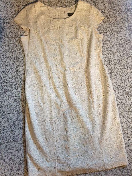 Koktajlowa sukienka krótki rękaw koronka