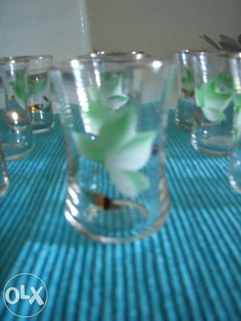 12 Cálices pequenos
