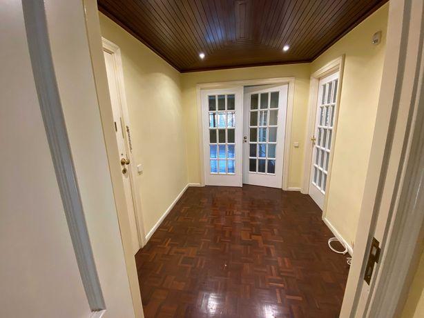Apartamento T3 - Pedrouços (Maia)