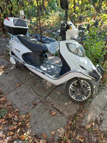 Электро скутер AIMA  (White)