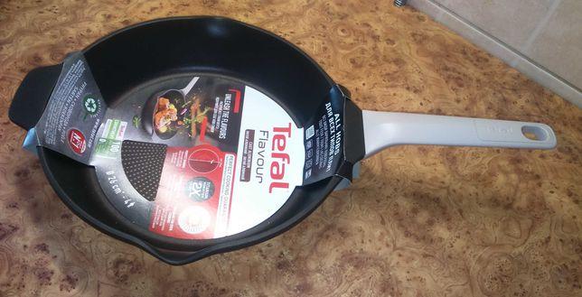 Сковорода Tefal Flavour 26 см. Новая