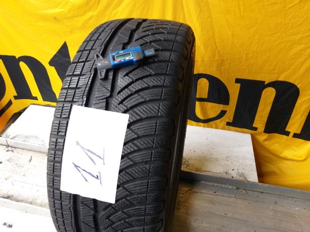 235/45R17 97V 11 michelin PA4 2714 SZT