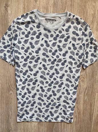 Clockhouse футболка фиоменная L размер