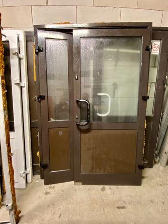 Używane drzwi aluminiowe BRĄZOWE 147X210