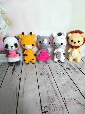 Слон, жираф, носорог, лев, панда, черепаха вязаные игрушки