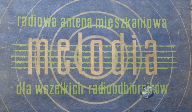 Zabytkowa radiowa antena mieszkaniowa