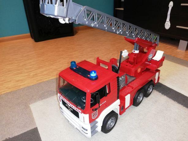 Straż pożarna BRUDER duże auto drabina wąż strażacki dla dzieci