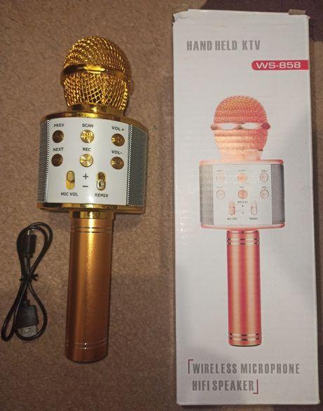 Микрофон золотого цвета