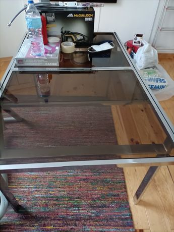 Mesa extensível vidro e metal