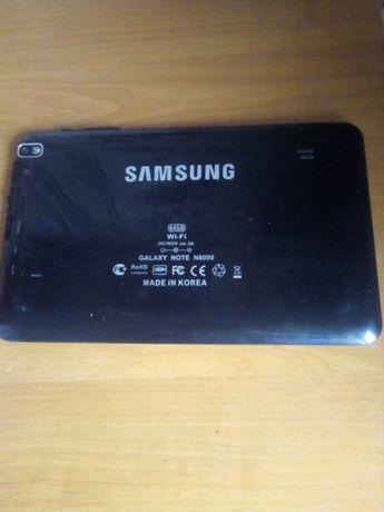 Продам планшет на запчасти SAMSUNG