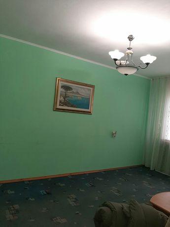 Продам 2-х комнатную квартиру,Остров