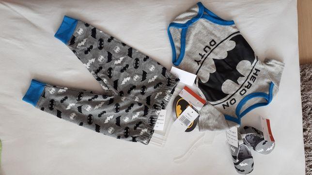 Sprzedam ubranko, komplet dla niemowlaka  body+spodnie+buciki