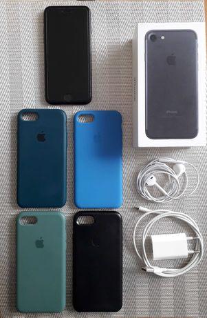 iPhone 7 Black 32 GB + 4 etui SUPER STAN!