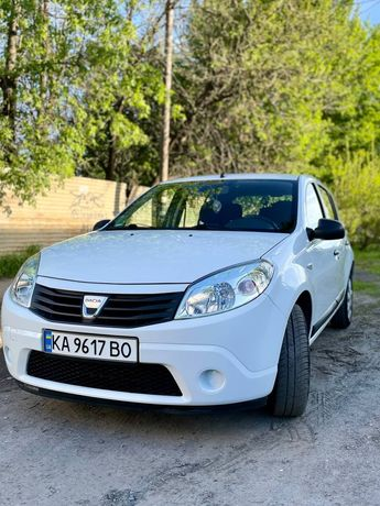 Dacia Sandero 2009, 93000км пробег, только из Германии!
