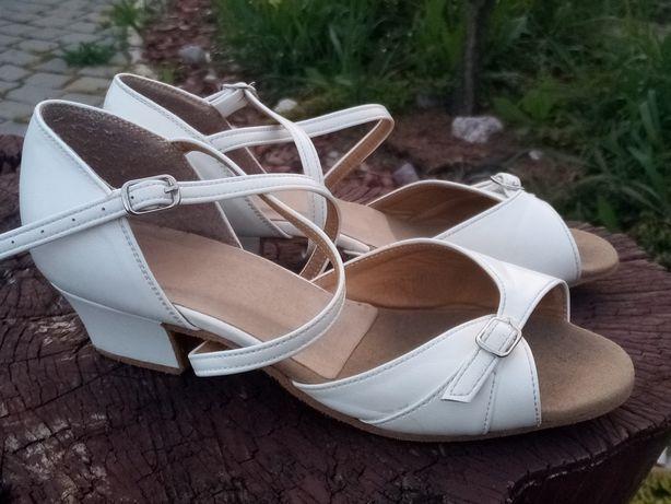 Бальные туфли босоножки танцы