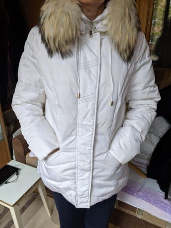 Пуховик білий (куртка)