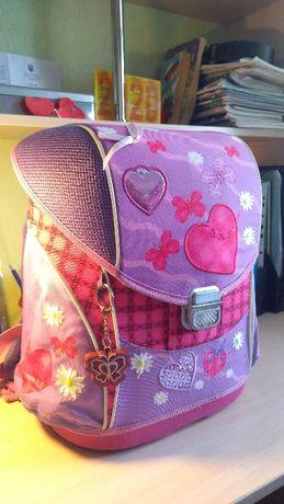 Портфель школьный, каркасный, для девочки, 1-4 класс