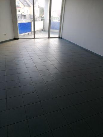 Biuro, open space, biura ogrzewane z węzłem sanitarnym, parking