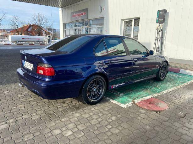 BMW e39 5 серії M