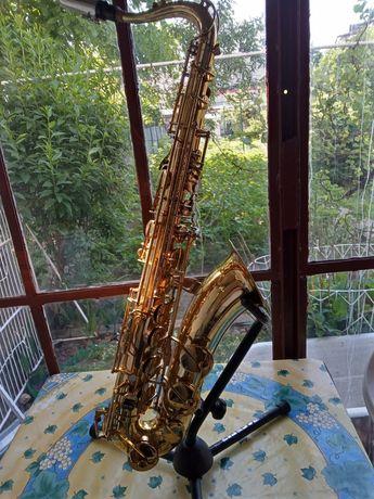 Saksofon tenorowy Amati 62
