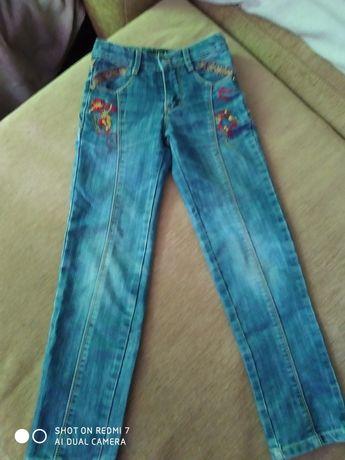 Клёвые джинсы для модницы