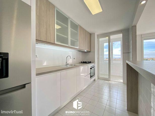 Apartamento T2 remodelado em Vila Nova de Gaia