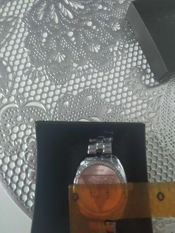 Zegarek guess nowy wodoodporny
