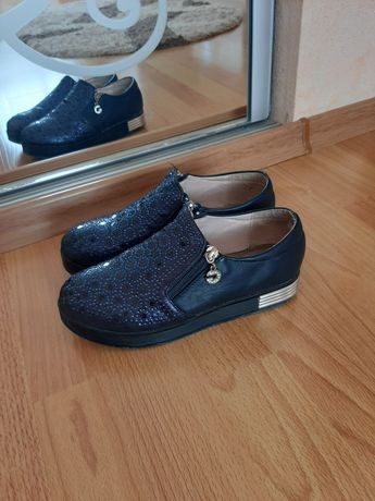 Туфли. Ботинки