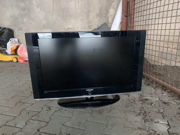 Телевизор жк Самсунг плоский диагональ 94см