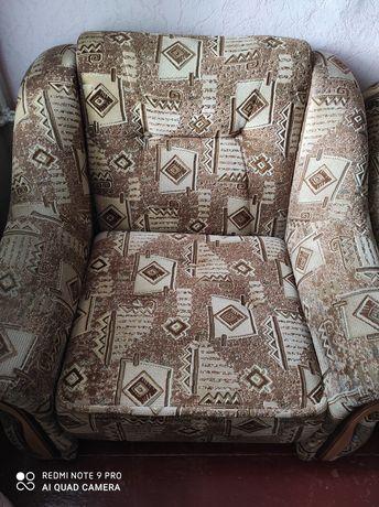 Крісло розкладне.