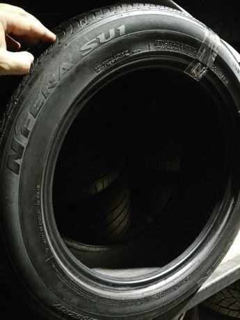 Одна летняя шина Nexen 215/55R17