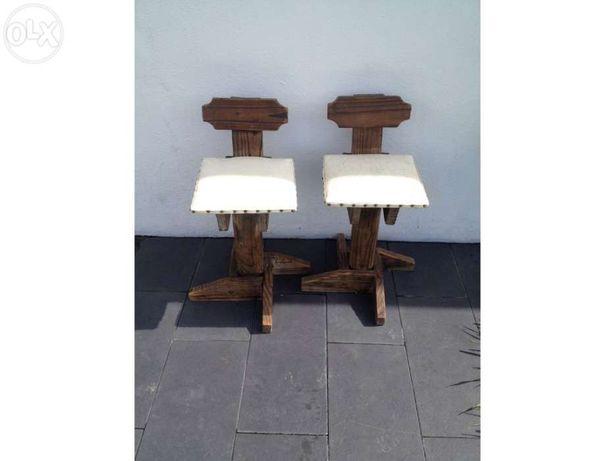 2 Cadeiras altas Madeira Vintage