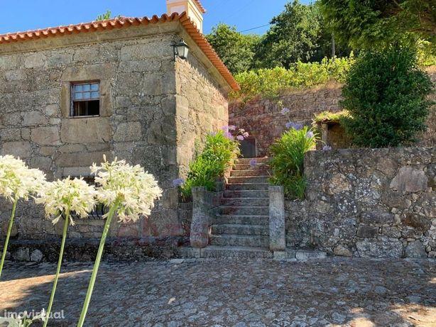 Quinta com Casa Rústica - Rendufe, entre Ponte de Lima e ...