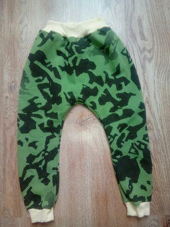 Nowe spodnie szyte