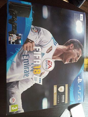 PS4 slim jak nowa