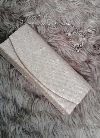 Złoty kuferek torebka
