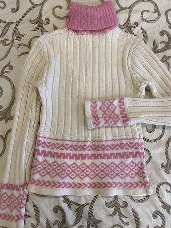 Стильный теплый свитер шерсть