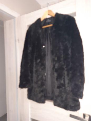 Futerko czarne płaszczyk r.34-36