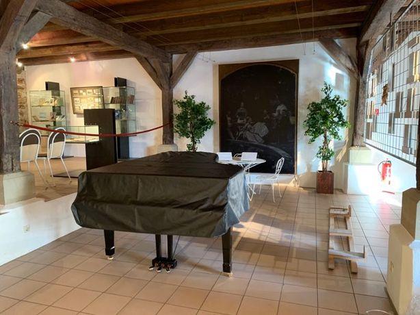 Pokrowiec na fortepian