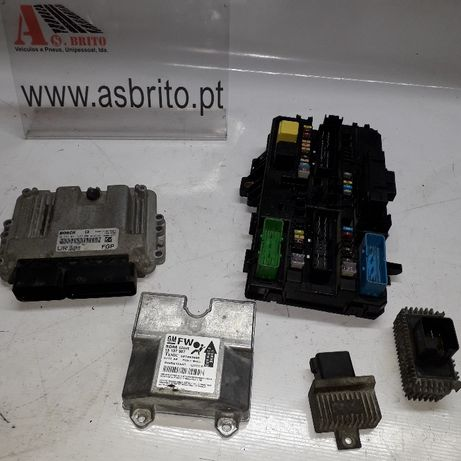 Varias peças Opel Zafira B