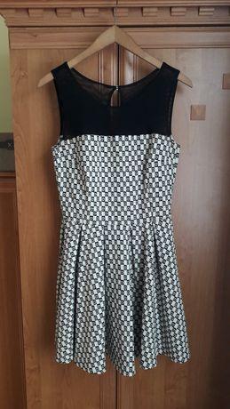 Sukienka wizytówka r.38