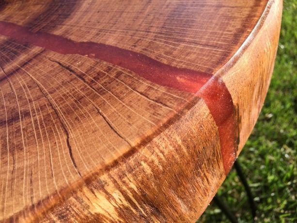 stolik Kawowy z drewna dębowego i żywicy epoksydowej