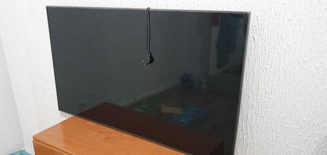 Vendo tv samsung  pra peca tela quebrada