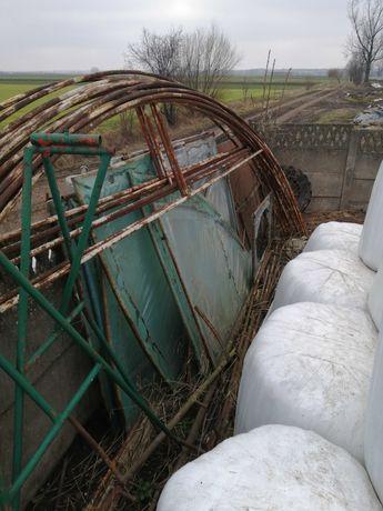 Tunel foliowy rury pałąki szklarnia konstrukcja tunelu