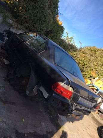 Karoseria BMW E38