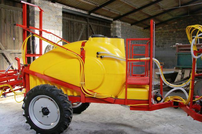 Opryskiwacz ciągany nowy 1500 litrów