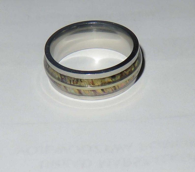 obrączka pierścionek z wstawkami Gdańsk - image 1