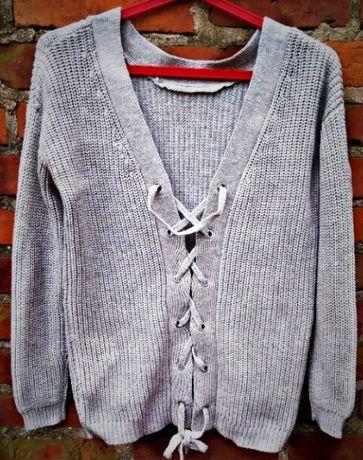 Blogerski sweter z wiazaniem